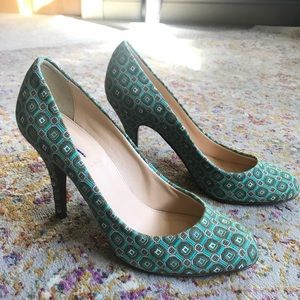 J. CREW Mona Pumps in Mint Green Tie Print